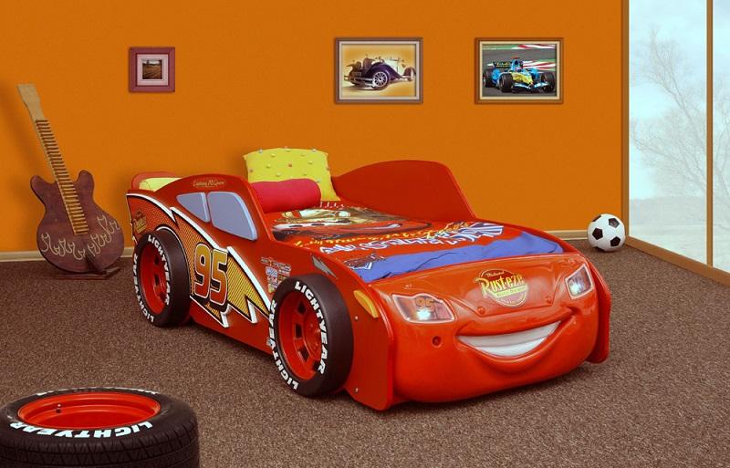 bil seng Cars Mcqueen Børne Træ Bil Seng m/LED og Madras (Udgået) bil seng